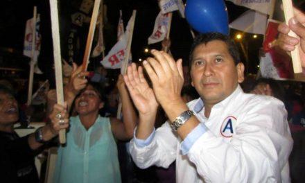 PA' FUERA, PA' LA CALLE | El exalcalde Moche, Roger Quispe, será expulsado de APP