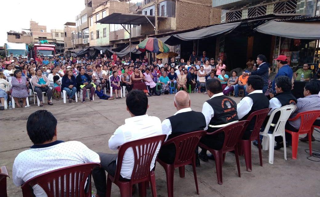 TREMENDO CUADRE   Comerciantes de La Hermelinda increparon a autoridades de la MPT (VÍDEO)