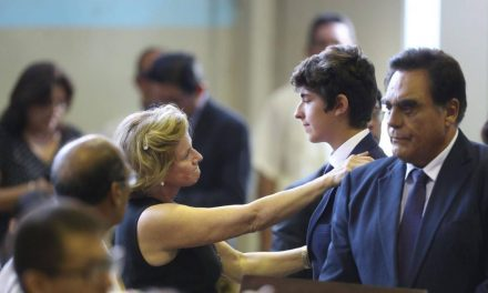 SALDRÁN BENEFICIADOS | Federido Danton y Pilar Nores recibirán pensión del Estado por 15 mil 600 soles al mes
