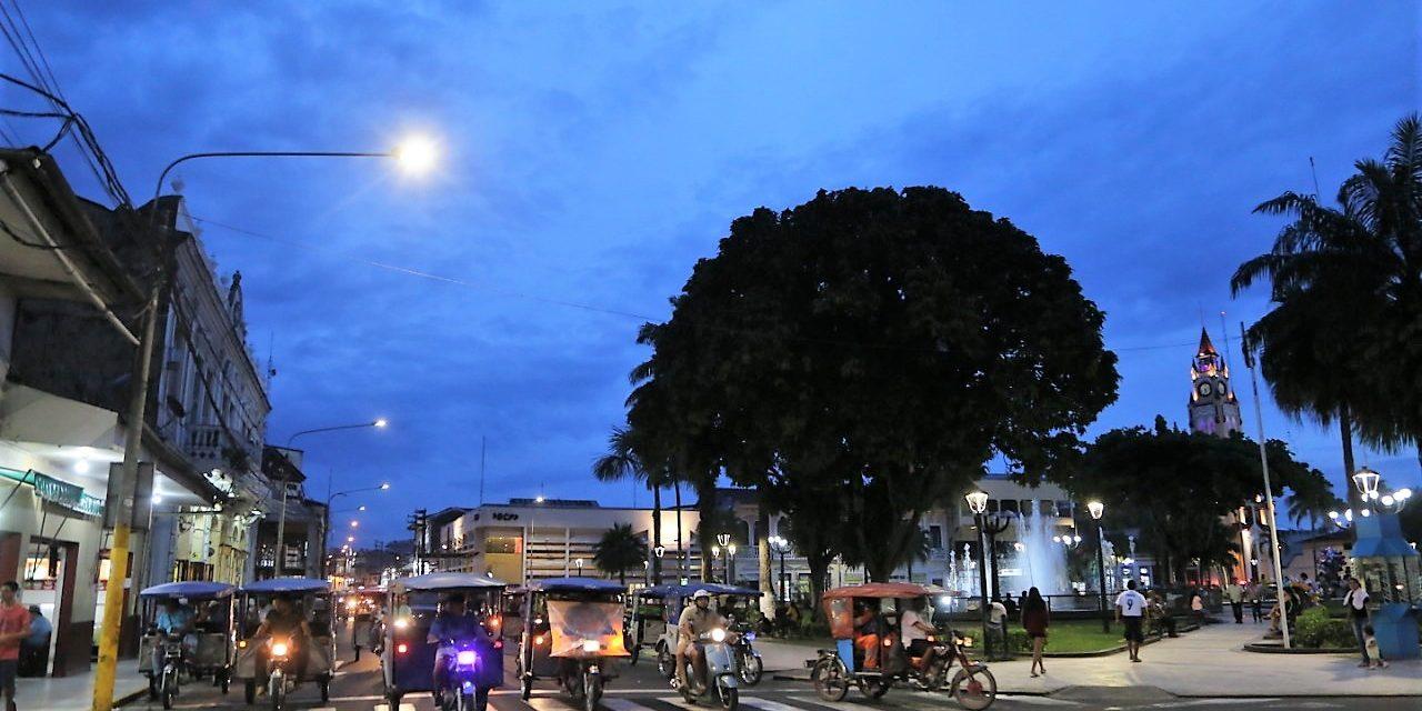 PASO A LA MODERNIDAD | Iquitos implementa moderno sistema de iluminación en plazas y vías principales