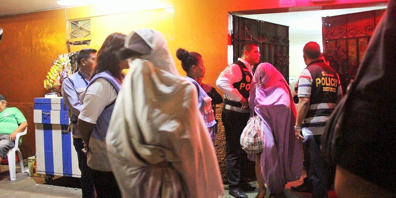 GOLPE AL PARROQUIANO | Clausuran prostíbulos 'El Trocadero' y 'El Botecito' en el Callao (FOTOS)
