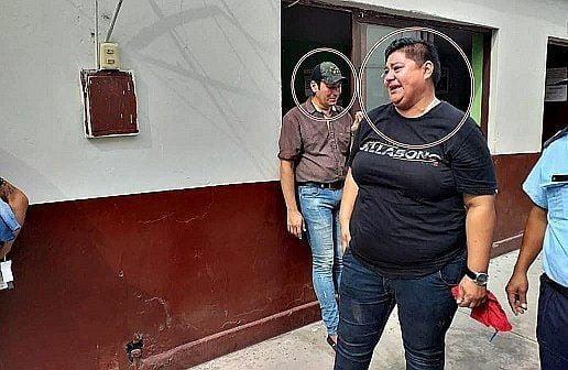 TRUJILLO: TODO LES SALIÓ MAL | Venezolanos son intervenidos por robar ropa de centro comercial