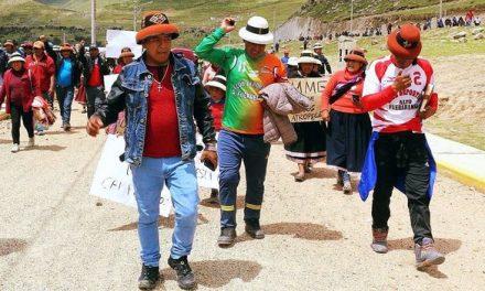 ¿QUIEN MIENTE? | Carreteras continúan bloqueadas por en Las Bambas