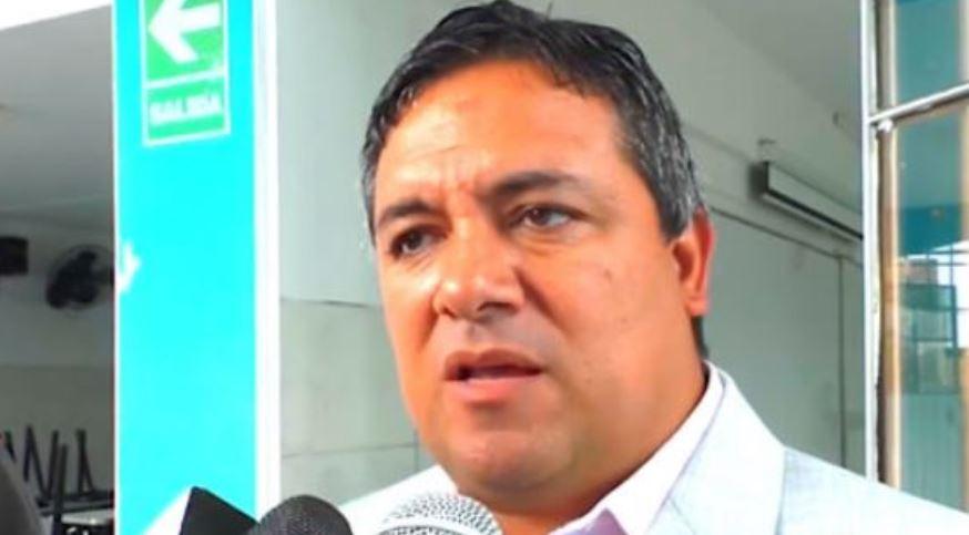 TRAS CUERNOS, PALOS |  Alcalde de Moche porfía error en post luego de apresurarse en dar condolencias a familia de Alan García
