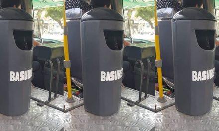 PALMAS, SEÑORES | Instalan tacho de basura al interior de ómnibus de transporte público