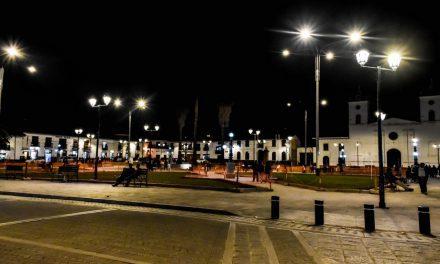 ELECTRO ORIENTE: Chachapoyas luce Plaza de Armas moderna con iluminación tipo LED