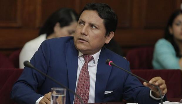 ¿ELÍAS, TÚ TAMBIÉN? | Congresista Elías Rodríguez confirma dinero a su nombre entregado por empresa de Luis Nava