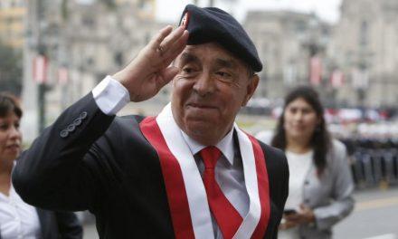 EL GENERAL FUGITIVO | Edwin Donayre prófugo de la justicia tras ser desaforado
