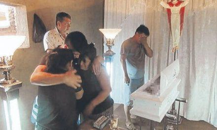 TRÁGICO FINAL | Bebé muere al caerle una olla de agua hirviendo
