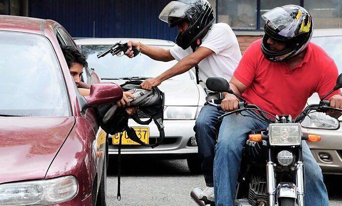 CONTROVERSIAL MEDIDA | Aprueban dictamen de proyecto de ley que prohíbe que motos lleven a dos pasajeros