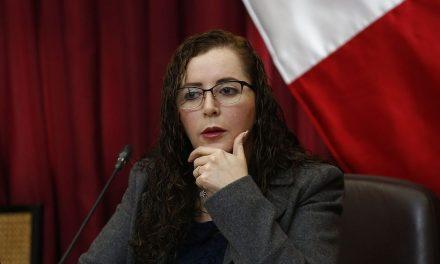 LA DEJARON VESTIDA Y ALBOROTADA | Rosa Bartra no postulará al Congreso por Fuerza Popular