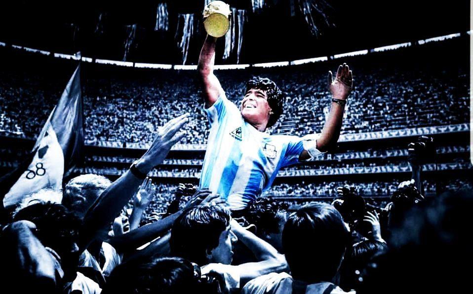 ADIÓS PELUSA, AHORA, AL FIN, ERES LIBRE | El periodista Juan Carlos Briceño y su columna dedicada a Diego Armando Maradona