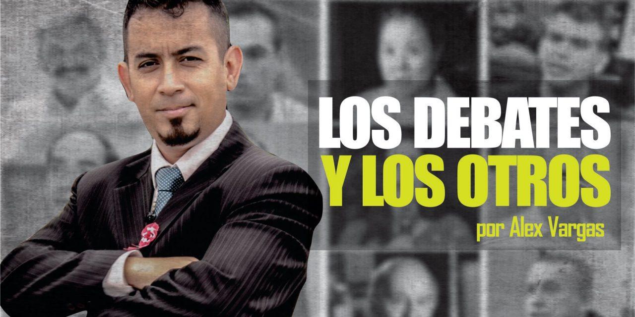 LOS DEBATES Y LOS OTROS | Periodista, Alex Vargas, y su crítica por  falta de igualdad de oportunidades a candidatos