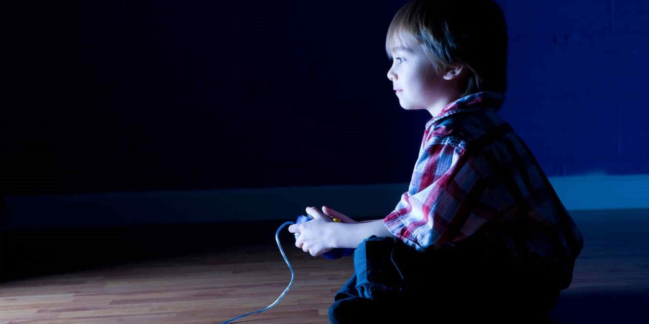 COVID-19: VIDEOJUEGOS Y CUARENTENA   Tips para dosificar el tiempo de nuestros hijos frente a la pantalla
