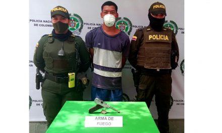 Cartagena: ladrón asaltaba con pistola de la Segunda Guerra Mundial, valorizada en 100 millones de dórales