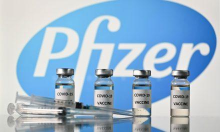 COVID-19: una tercera dosis de la vacuna Pfizer podría ser necesaria en un plazo de 6 a 12 meses