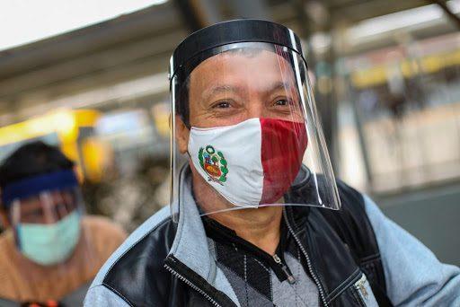 COVID-19: lo que debemos saber, antes de adquirir un escudo de protección facial