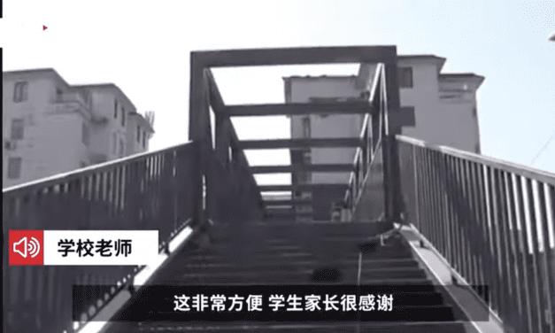 Madre construyó puente para que su hijo vaya a salvo a la escuela y sorprende en redes sociales