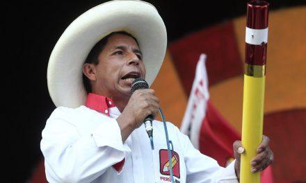 """A Vladimir Cerrón """"no lo van a ver ni siquiera de portero en el Estado"""", sostiene Pedro Castillo"""