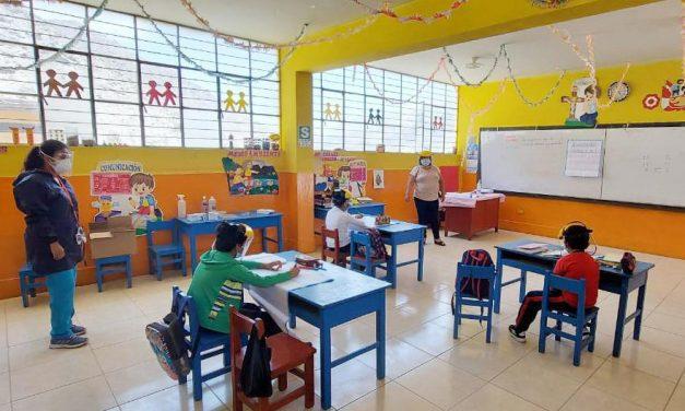 Menos del 1% de colegios, de todo el país, han iniciado clases presenciales, según Minedu