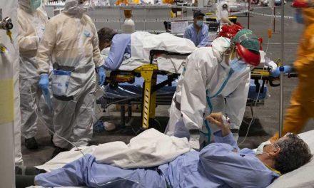 """OPS alerta que los hospitales en las Américas están """"peligrosamente llenos"""""""