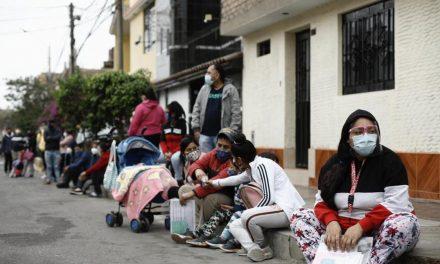 COVID-19: desinformación causó que 2,5 millones de peruanos no tengan vacunas