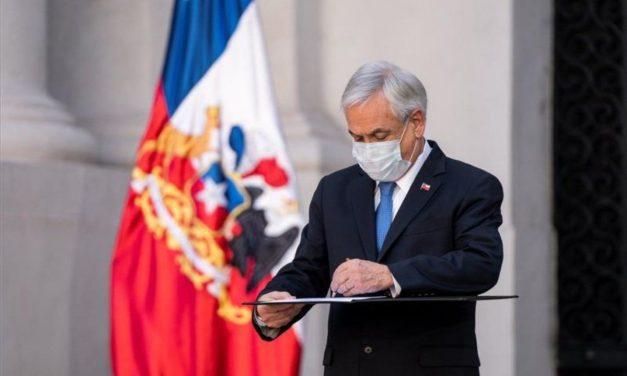 """Chile: aprueba cambiar orden de los apellidos por la """"igualdad entre hombres y mujeres"""""""