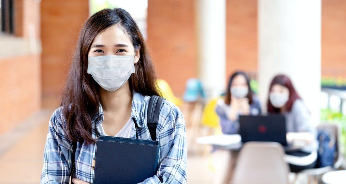 Bachillerato automático: universitarios no tendrán que demostrar conocimiento de inglés