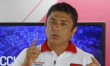 Guillermo Bermejo pide a la Fiscalía tomar el canal Willax