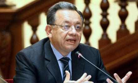 Edgar Alarcón confirmó contratación como asesor congresal