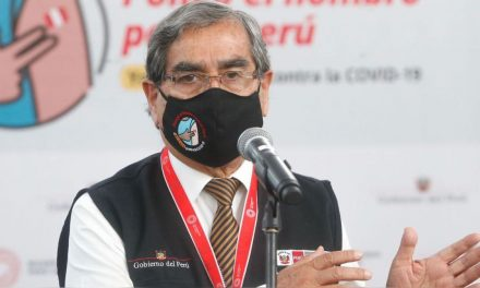 """Ministro de Salud sobre compra de vacunas por sector privado: """"considero la ley innecesaria"""""""