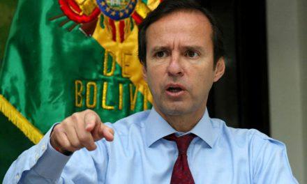 """Jorge Quiroga: """"el que tiene el lápiz para escribir la Constitución, después se cree el dueño y la viola"""""""