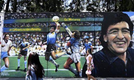 La Mano de Dios, el gol que Maradona marcó y que los periodistas le dieron nombre