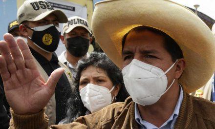 """Pedro Castillo: """"no estamos para desestabilizar ni golpear la democracia, sino fortalecerla"""""""