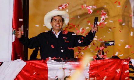 """Pedro Castillo: """"un nuevo tiempo se ha iniciado"""""""