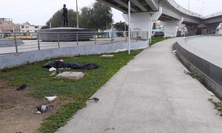 Trujillo: plaza Miguel Grau convertida en basurero y peligro para transeúntes